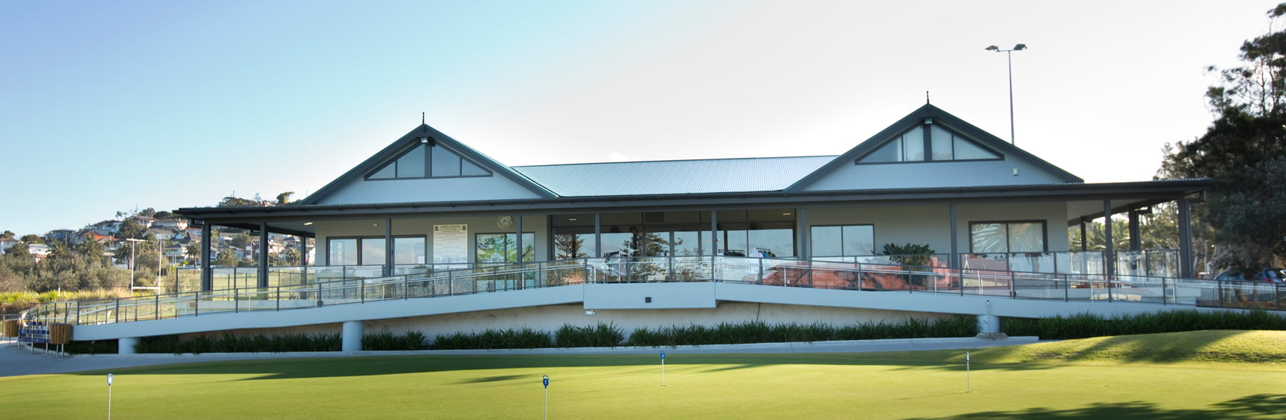 LONG-REEF-GOLF-CLUB-HOUSE.jpg